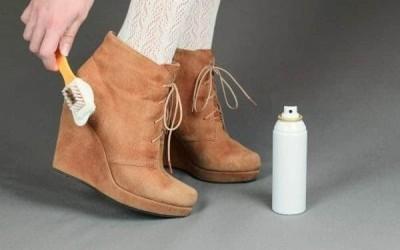 Vệ sinh và bảo quản giày da lộn đúng cách