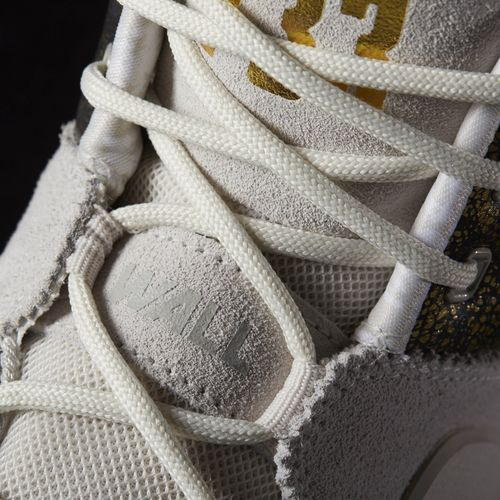 Giày bóng rổ adidas J wall 2.0