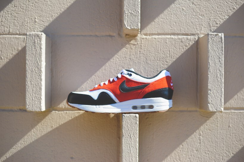 Giày Nike Air Max 1 Essential