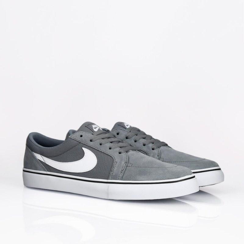 giay-Nike-SB-Satire-II-nam-xam